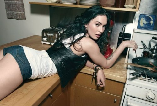 megan-fox-01oct09-rs-005