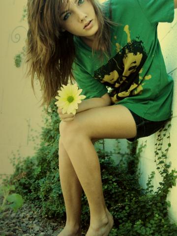 316415_greenshirt